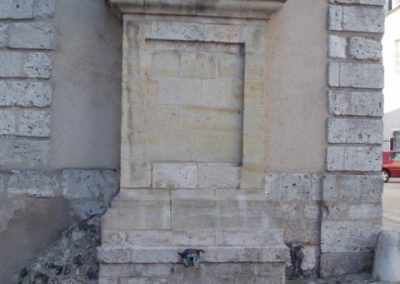 Fontaine St Lomer